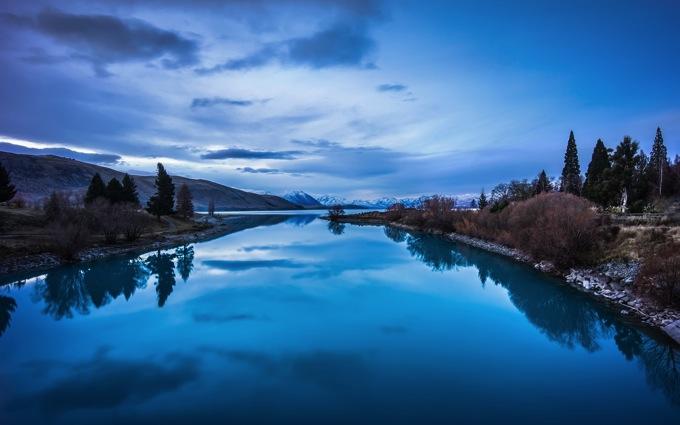 Blue mountains lake landscape